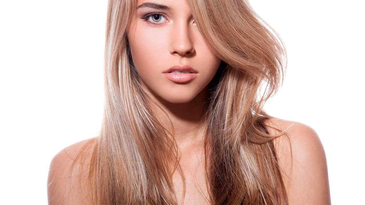 How to Get Toasted Coconut Hair   L'Oréal Paris